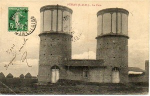 Le puits - carte postée en 1913