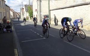 2016 - course Paris - Pussay - sprint à l'arrivée