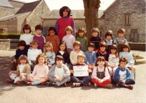 1982 - 1983 - Ecole maternelle moyens grands - Mme Annie Boué