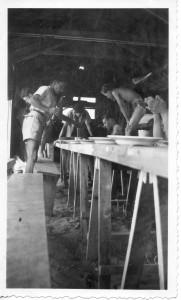1952 - préparatifs au camp isorel en août à Franceville