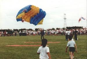 démonstration sauts en parachute